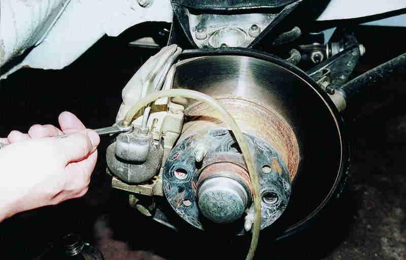 Прокачка тормозов на ВАЗ 2110
