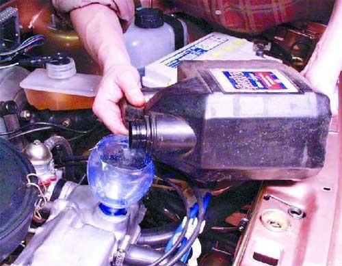 Сколько масла в двигателе ваз 2109 карбюратор